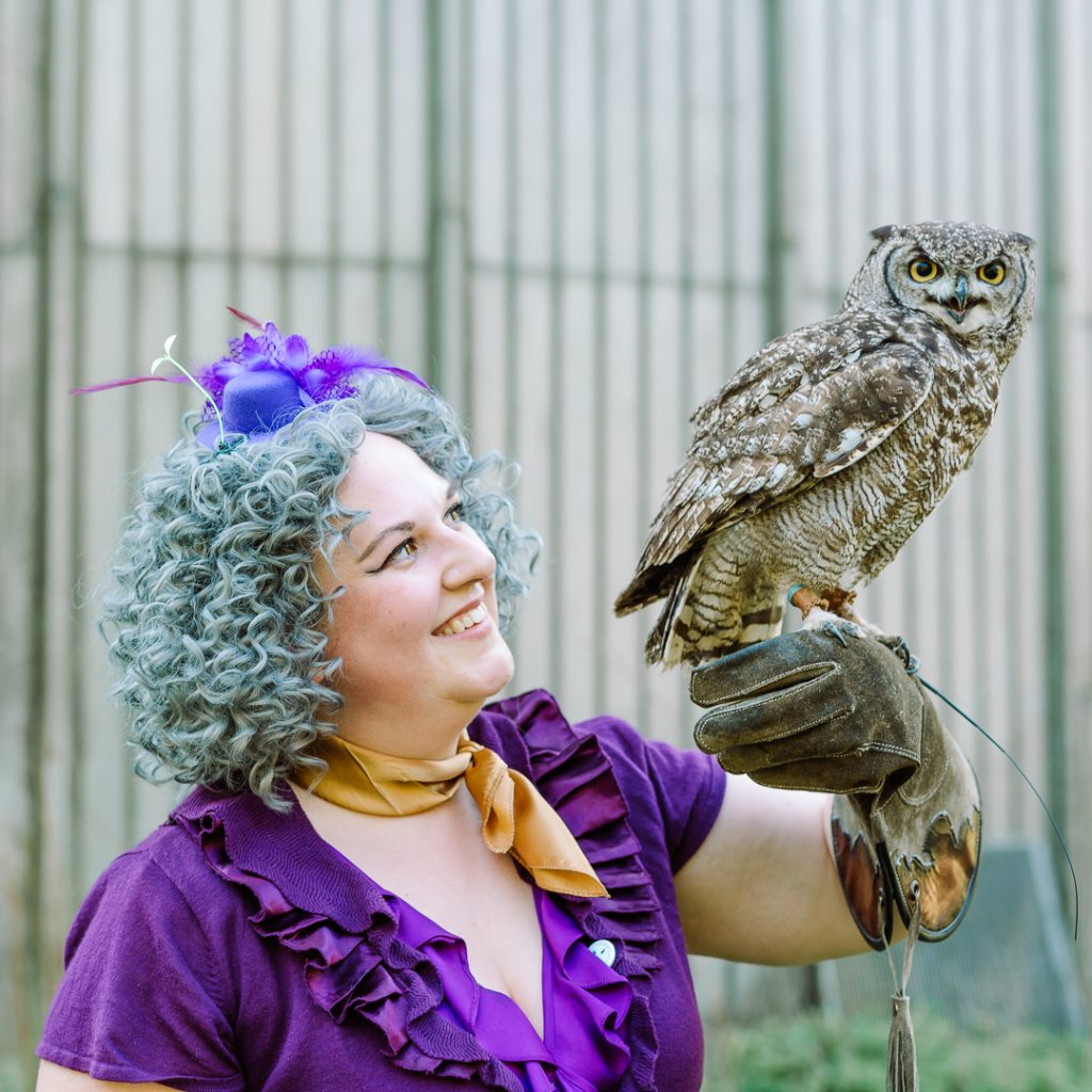 One of Bothwell's professors meeting an owl.
